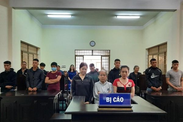 Nhóm đưa người vượt biên trái phép sang Trung Quốc lãnh án