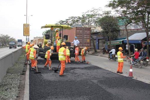 Tư vấn giám sát công trình giao thông thực hiện theo quy định nào?