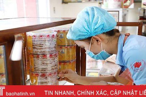 Gắn logo - nâng giá trị sản phẩm công nghiệp nông thôn tiêu biểu Hà Tĩnh