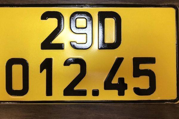 Tại sao xe kinh doanh phải đổi sang biển màu vàng, kể cả taxi công nghệ?