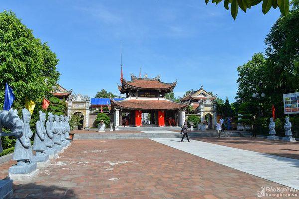Lễ tưởng niệm 228 năm ngày mất của Hoàng đế Quang Trung