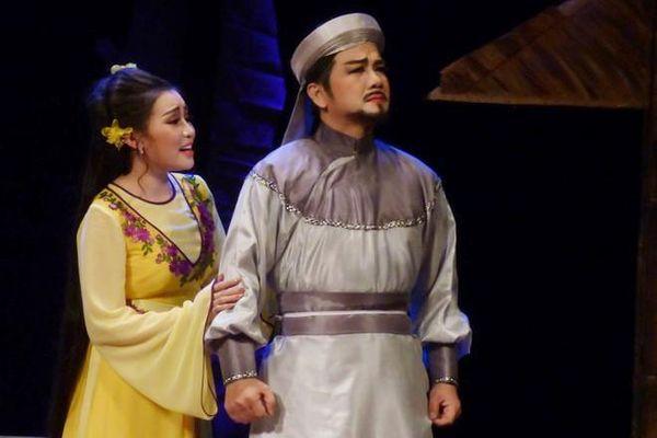 Nguyễn Hữu Cảnh - Dấu ấn đầu tay của Chuông vàng vọng cổ