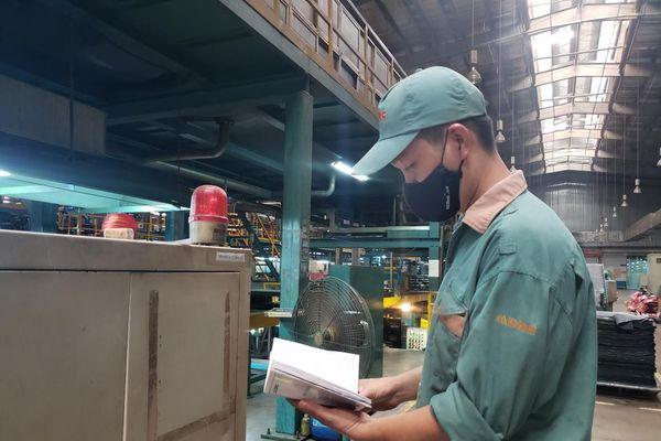 Võ Nhật Tân: Người 'gác đền' nhà máy