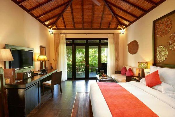 Du khách tố resort ở Nha Trang lừa tiền cọc