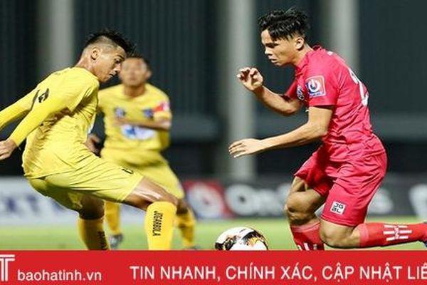 Điều chưa biết về cầu thủ người Hà Tĩnh solo như Messi tại giải U17 Quốc gia 2020