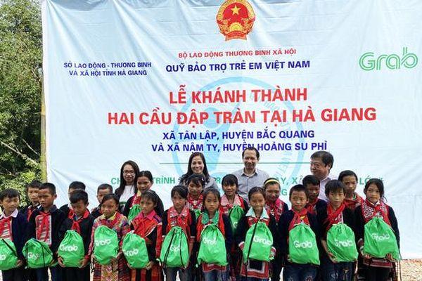 Khánh thành, bàn giao 02 công trình cầu đập tràn tại Hà Giang