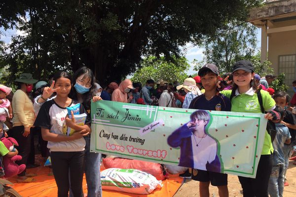 150 phần quà cho học sinh tỉnh Gia Lai