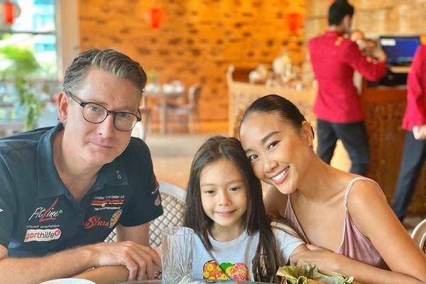 Đây là những em bé 'ngậm thìa vàng' ở showbiz Việt