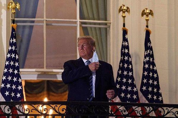 Tổng thống Donald Trump đã xuất viện sau khi điều trị Covid-19