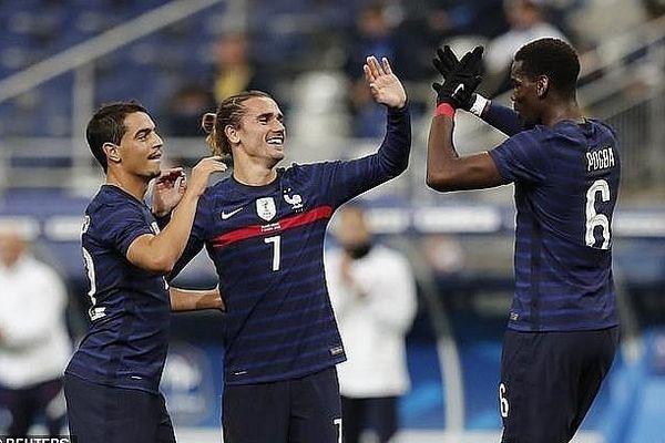 Giroud lập cú đúp, Pháp đại thắng trước Ukranie