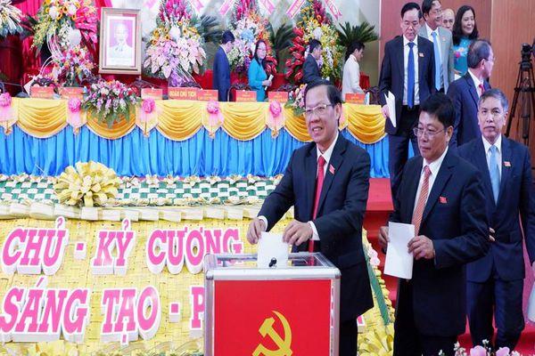 Công bố kết quả bầu Ban Chấp hành Đảng bộ Bến Tre khóa XI