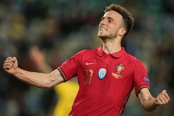 Bồ Đào Nha thắng 3-0 trong ngày vắng Ronaldo