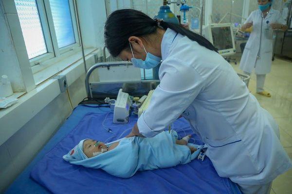 Đã có kết luận về trường hợp trẻ tử vong sau khi tiêm vắc xin 5 trong 1 tại Sơn La