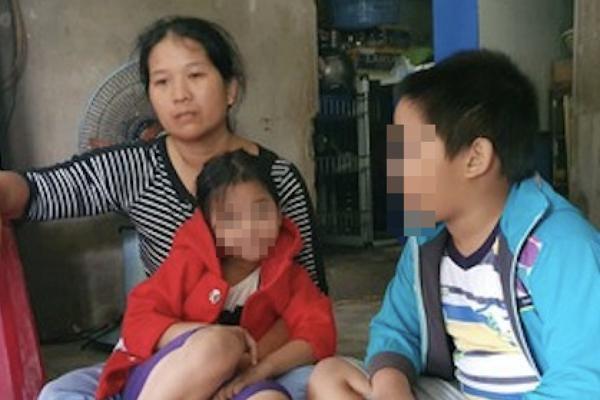 Đà Nẵng: Cha trượt chân ngày lũ, mù mờ tương lai 2 con nhỏ