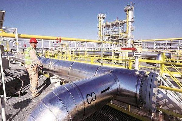 Giá dầu giảm sâu xuống gần 42 USD/thùng khi dịch Covid-19 tăng tốc tại châu Âu