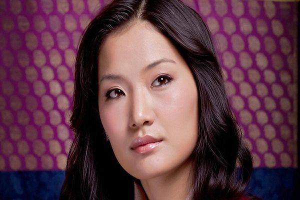 Tổ ấm hạnh phúc của Hoàng hậu Bhutan xinh đẹp 'vạn người mê'