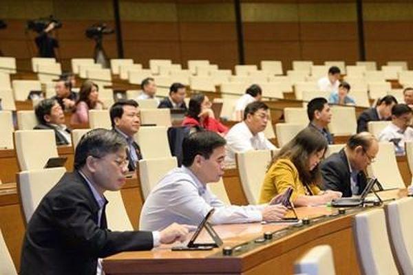Đại biểu Quốc hội tranh luận 'gắt' về đề xuất cưỡng chế cắt điện, nước