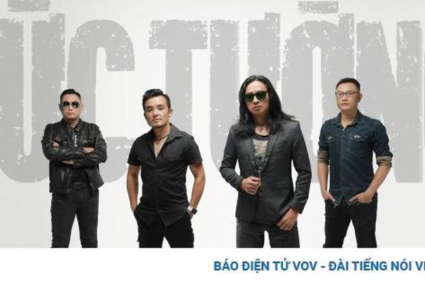 Ban nhạc 'Bức Tường' trở lại với đĩa đơn 'Tháng Mười'