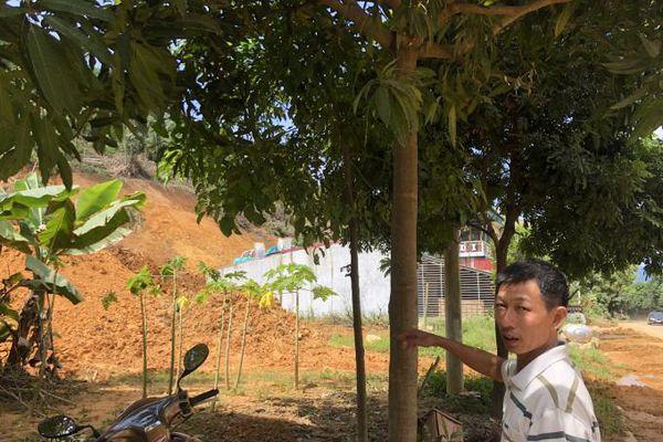 Hơn 100 hộ dân phải sống tạm bợ vì chưa có nơi đổ đất thải?