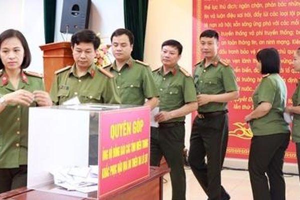Học viện Chính trị CAND quyên góp ủng hộ đồng bào miền Trung