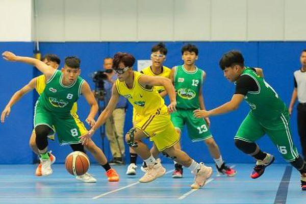 Will - Cường Seven căng thẳng dõi theo trận đấu nghẹt thở của học trò trong 'Thần tượng bóng rổ'
