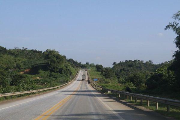 Nhiều đoạn tuyến trên Cao tốc Nội Bài-Lào Cai bị hư hỏng, hằn lún nặng