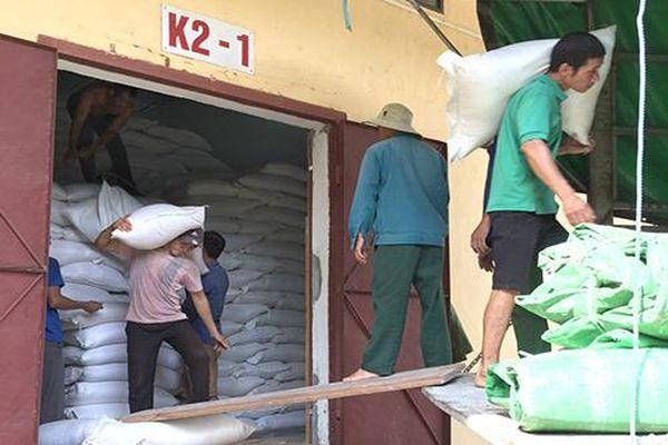 Gần 4.000 tấn gạo dự trữ quốc gia đã kịp thời đến với người dân 4 tỉnh miền Trung