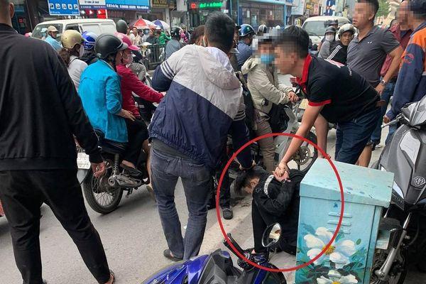 Thanh niên 20 tuổi cướp tiệm vàng giữa ban ngày tại Hà Nội
