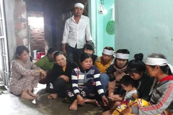 Giúp dân sửa lại nhà sau bão, nam thanh niên bị tường đè chết thương tâm