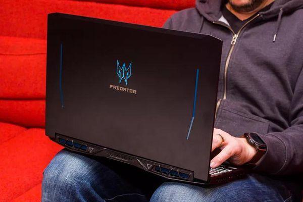 Những laptop chơi game đáng mua lúc này