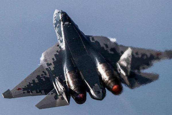 Quân đội Nga sắp nhận máy bay tối tân, 'tiêu diệt tất cả các loại mục tiêu'
