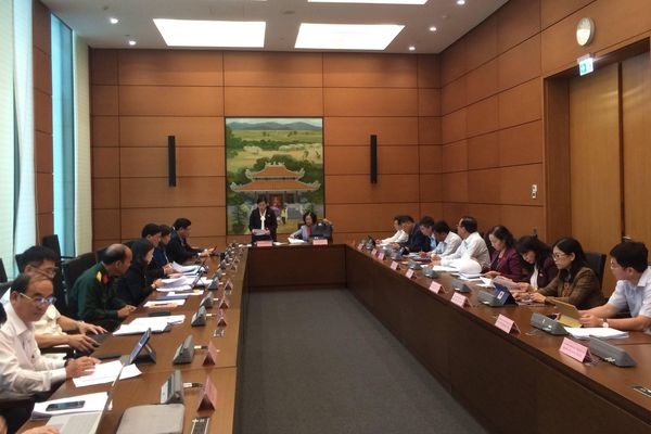 Đại biểu Quốc hội thảo luận về Báo cáo KT-XH của Chính phủ: Cụ thể, toàn diện, có sức thuyết phục