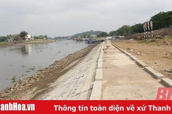 Hơn 14 tỷ đồng nạo vét lòng hồ, khơi thông dòng chảy Nhà máy thủy điện Cẩm Thủy 1