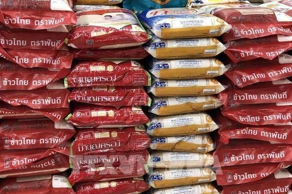 Thái Lan sẽ chi 2 tỷ USD đảm bảo giá cho gạo và cao su
