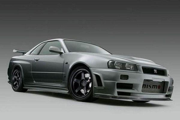Nissan Skyline GT-R R34 'hàng độc' lên tới 7,25 tỷ đồng