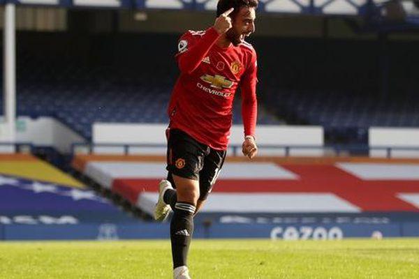 Bruno Fernandes bùng nổ, tân binh Cavani khai nòng giúp MU đánh bại Everton thuyết phục