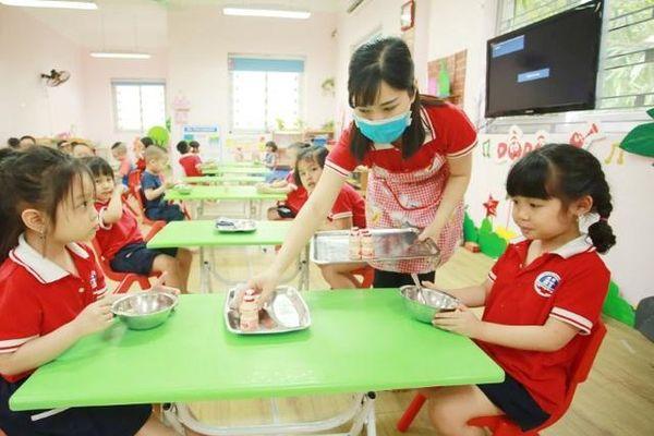 Áp dụng công nghệ giúp bữa ăn học đường khoa học hơn