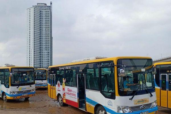 Bị nợ lương, nhân viên xe buýt trợ giá ở Đà Nẵng đình công