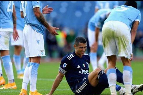 Juventus đã bị 'cưa điểm' lại 'mất' Ronaldo