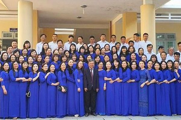 Trường THPT Kon Tum: Đạt nhiều thành tích xuất sắc trong công tác dạy và học