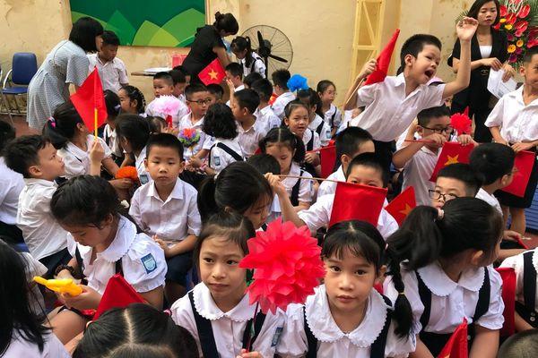 Giáo viên chưa thấy văn bản cho phép thay dữ liệu sách giáo khoa Tiếng Việt 1