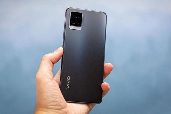 Bảng giá điện thoại Vivo tháng 11/2020: Thêm lựa chọn mới, giảm giá mạnh