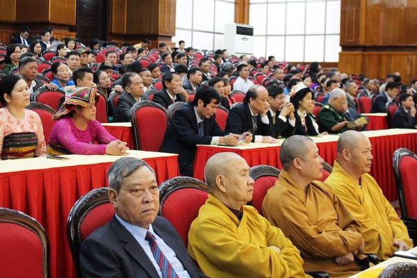 Ủy ban MTTQ tỉnh Thanh Hóa đón Huân chương Độc lập hạng Nhất