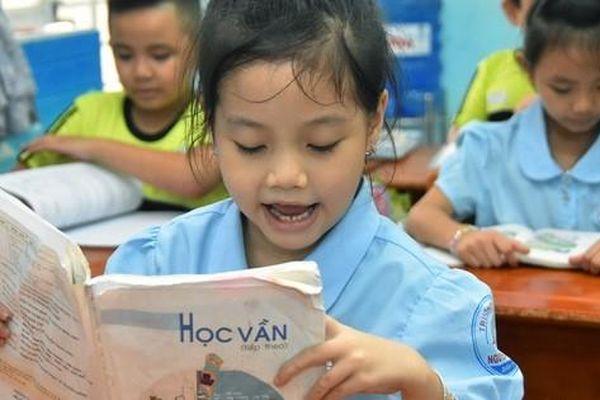 Bồi đắp tình yêu và năng lực tiếng Việt cho học sinh
