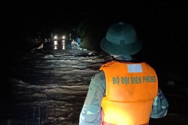 Nguy hiểm khi đi qua ngầm, đập tràn mùa mưa lũ