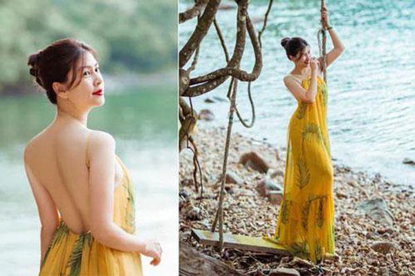 Kim Thư khoe lưng trần gợi cảm