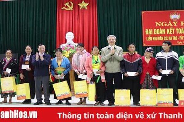 Phó Bí thư Thường trực Tỉnh ủy Lại Thế Nguyên dự Ngày hội Đại đoàn kết toàn dân tại Mường Lát