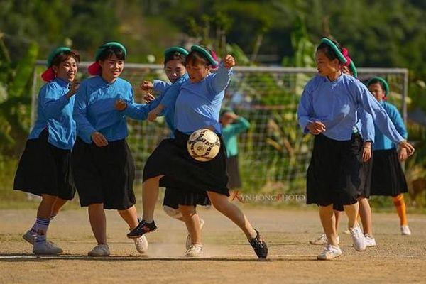 Độc đáo giải bóng đá nữ dân tộc Sán Chỉ