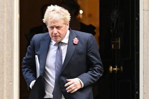 Thủ tướng Anh đối mặt nhiều thách thức