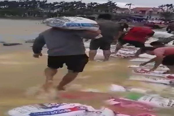 Đừng để Đông Bình chúng con cách ly vì lũ lụt